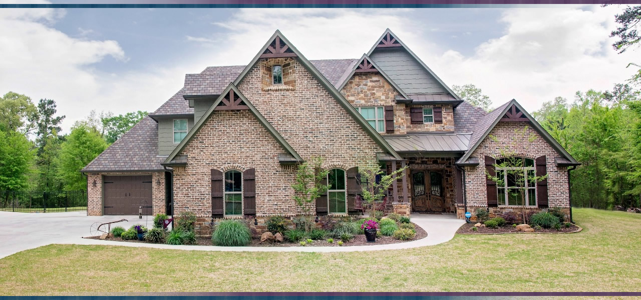 Texas custom home builder thompson builders for Home builder contractors